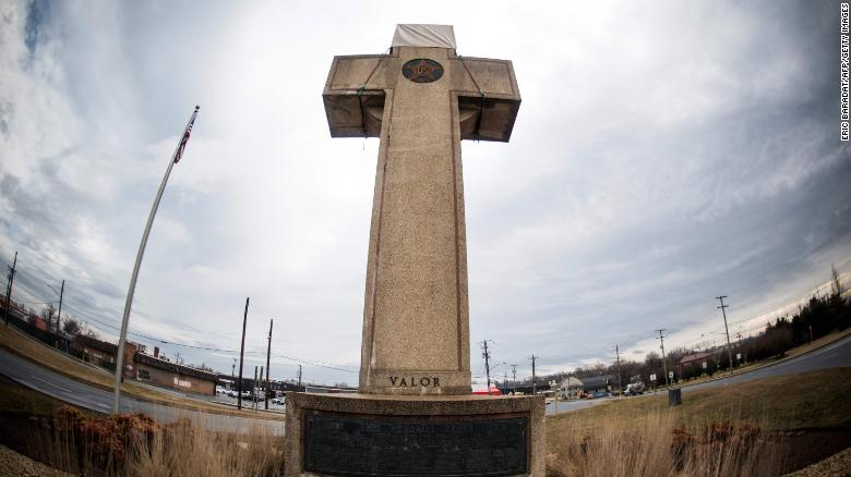 190227135700-bladensburg-peace-cross-exlarge-169